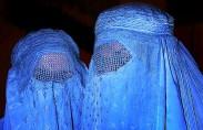 נשים אפגניות בבורקה (תצלום: סטיב אוואנס)