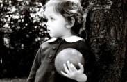 Vera Lechtman as a child (source: USHMM)